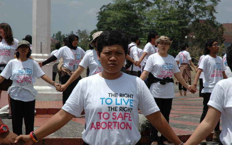closeup_safe_abortion_flashmob_jogjakarta_by_willow_paule.jpg(mediaclass-base-page-main.d2c518cc99acd7f6b176d3cced63a653791dedb3)